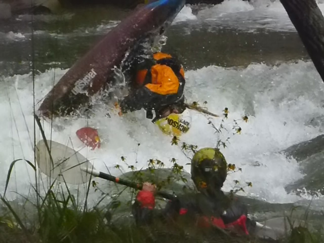 My First Year Competing in Freestyle Kayaking