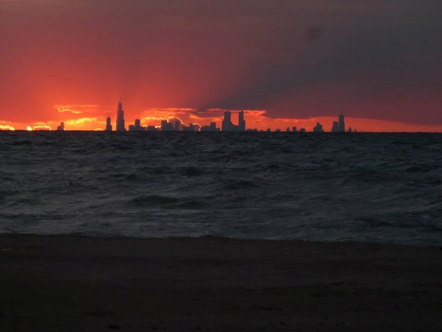 A detour on one of our trips to Canada took us to Lake Michigan.  That's the Chicago skyline at sunset!