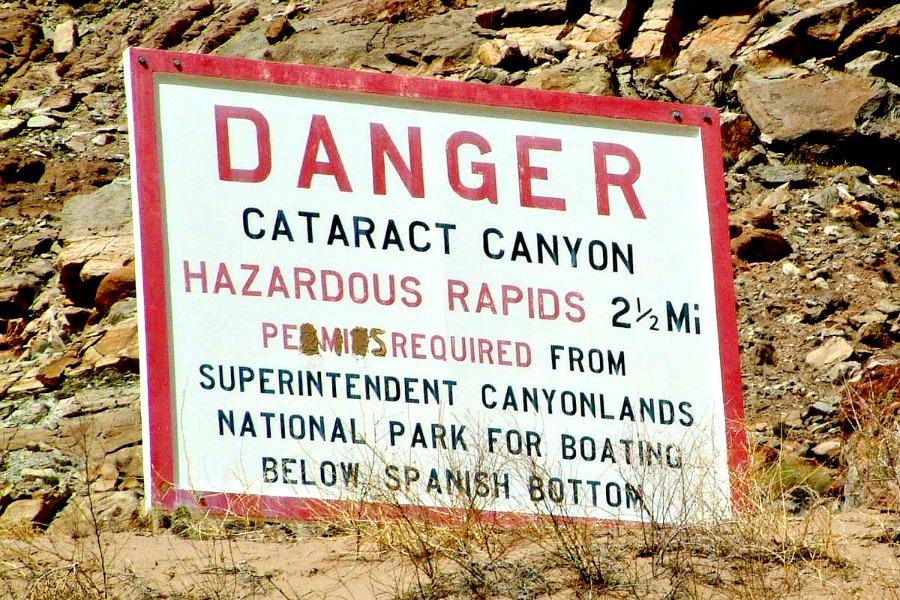 Cataract-Canyon-Danger-sign