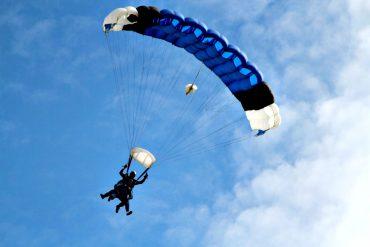 Las Vegas Adventures include skydiving!