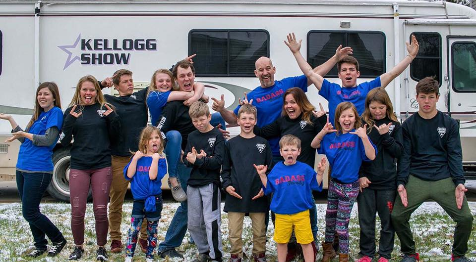 Travel with Kids like the KelloggShow family.